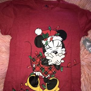Womens disney top- large